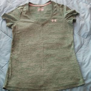 Under Armour tee heathered emerald green size S